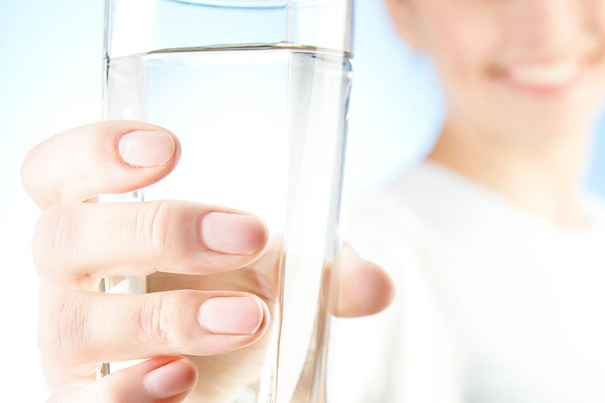 contaminantii din apa